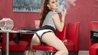 Jessica Ryan in 'Smoking Fetish'