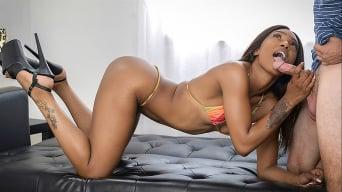 Sizi Sev in 'Sizi Sex Roomate Banger'
